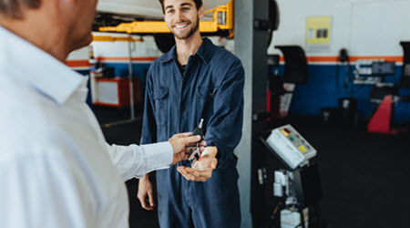 Volvo Car Mechanic
